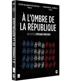 A l'ombre de la République-DVD D'OCCASION